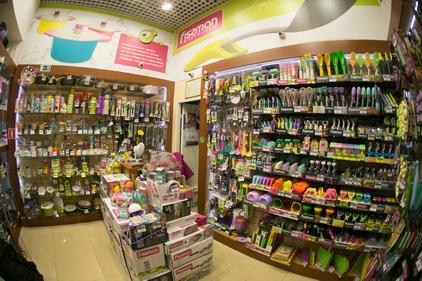 Ассортимент в магазине Fissman расположен в ТК Электра в Санкт-Петербурге