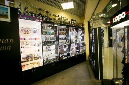 Магазин Табакон расположен в ТК Электра в Санкт-Петербурге