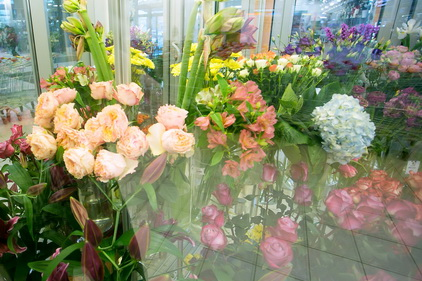Цветы в магазине Цветочный город