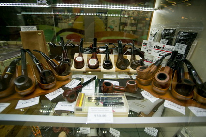 Трубки в магазине Tabakpodarki
